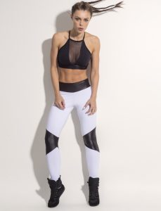 Look Chic in These 6 sexy gym clothes